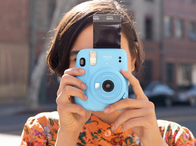 The Fujifilm Instax Mini 11 is an Instant Print Camera Made for Selfies