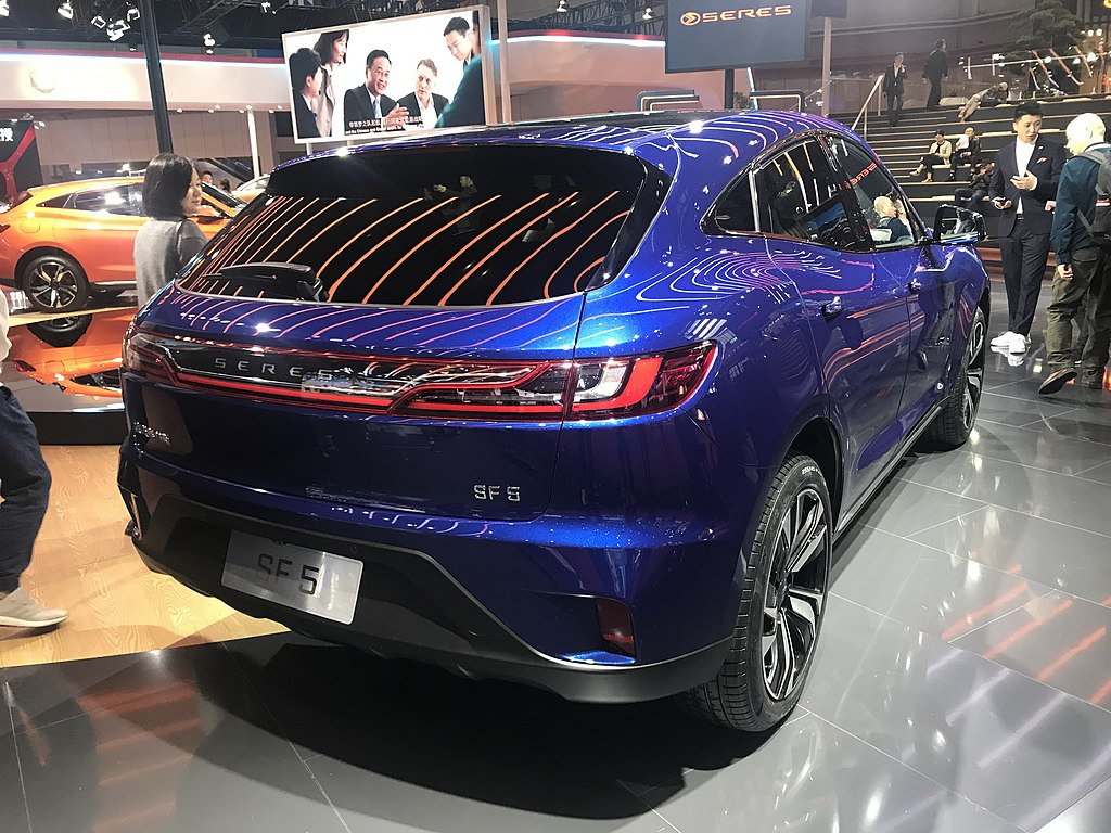 Pakistan is Getting Huawei and DFSK's Premium Hybrid SUV