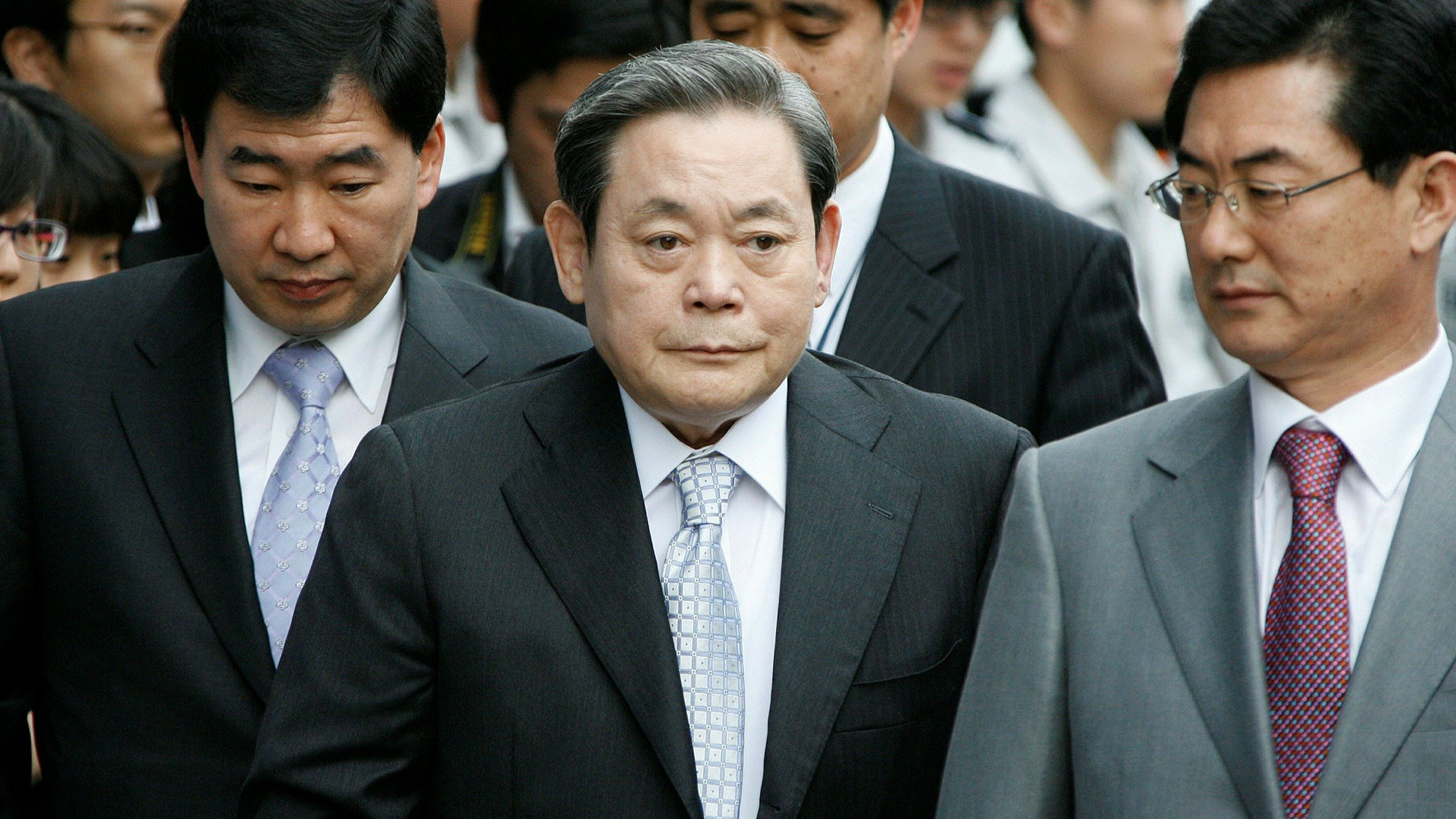Samsung's Former Chairman's Family is Paying $10.8 Billion in Tax