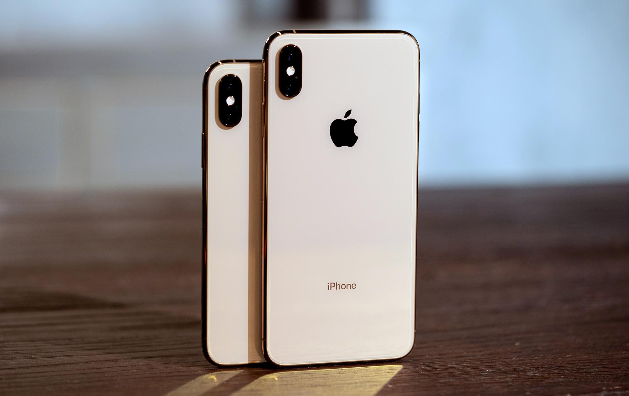 Apple and Samsung to Face Supply Issues Due to COVID-19 Surge