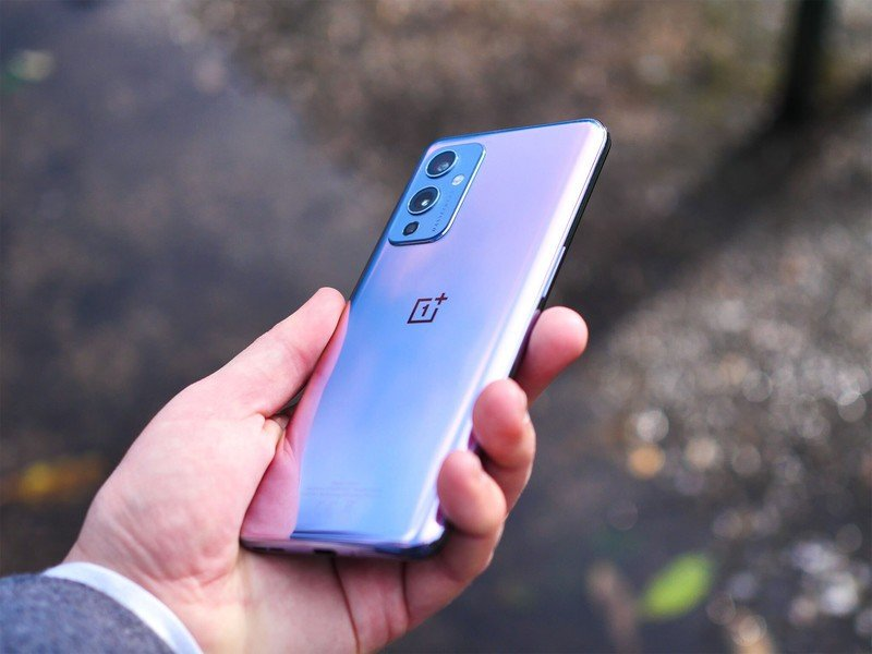 OnePlus 9 Has a Hidden Problem Nobody Knows About